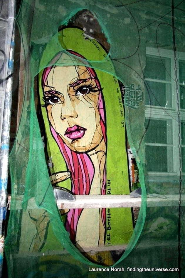 Girl in shawl, Hoff Alley, street art, Berlin, Germany