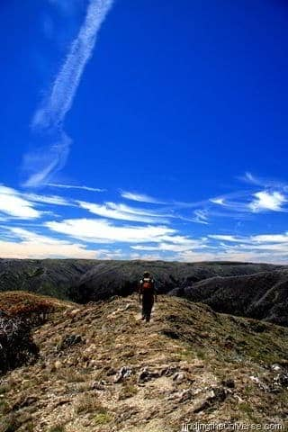 Walking the Razorback in the Victorian Alps - a 22km day hike - Australia