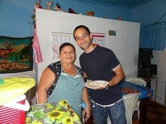 Baleada with Hondumama in her restaurant-living room
