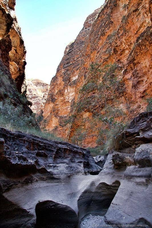 Purnululu bungle bungle cathedral gorge river bed