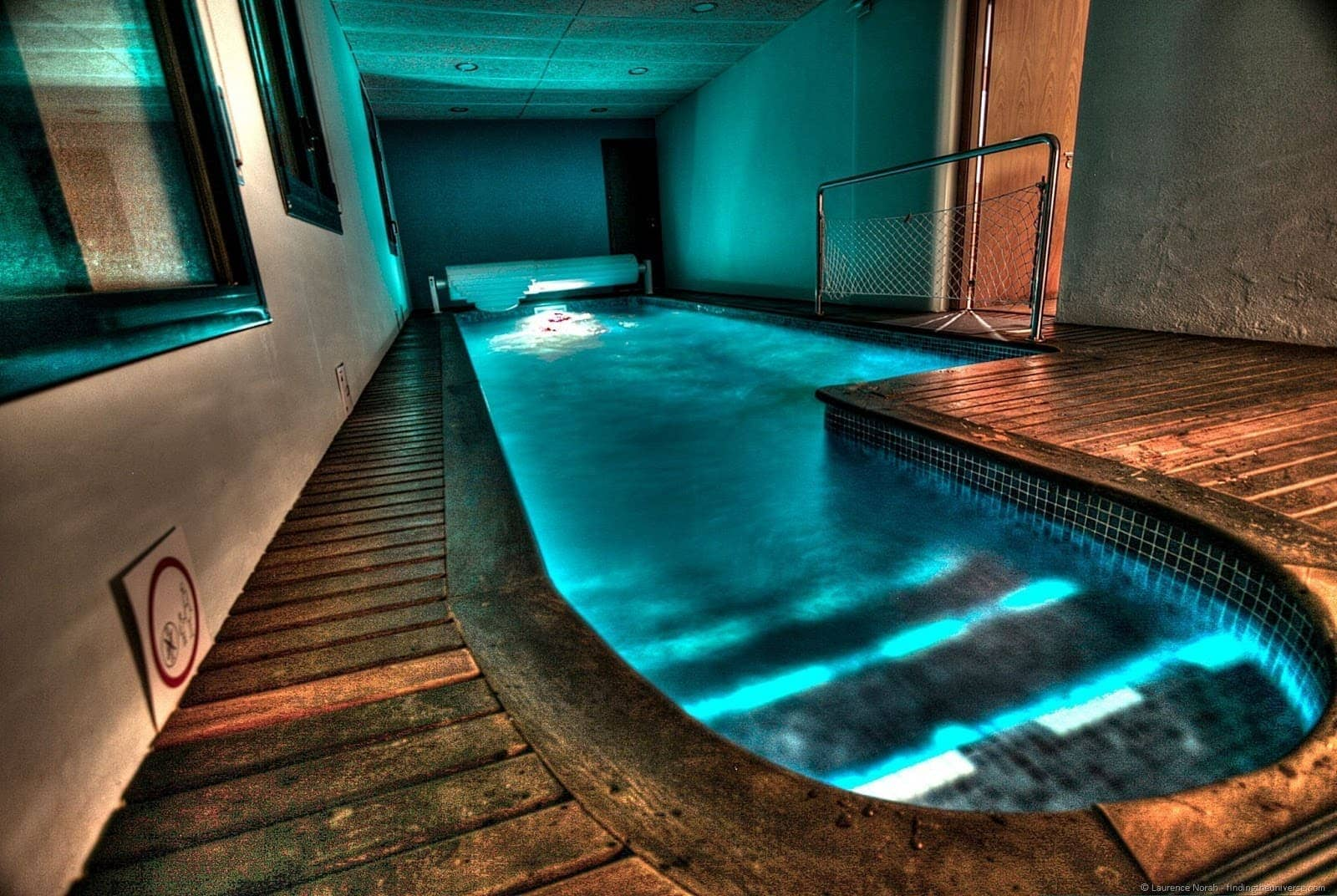 Naturaki led lit pool caseta del mar