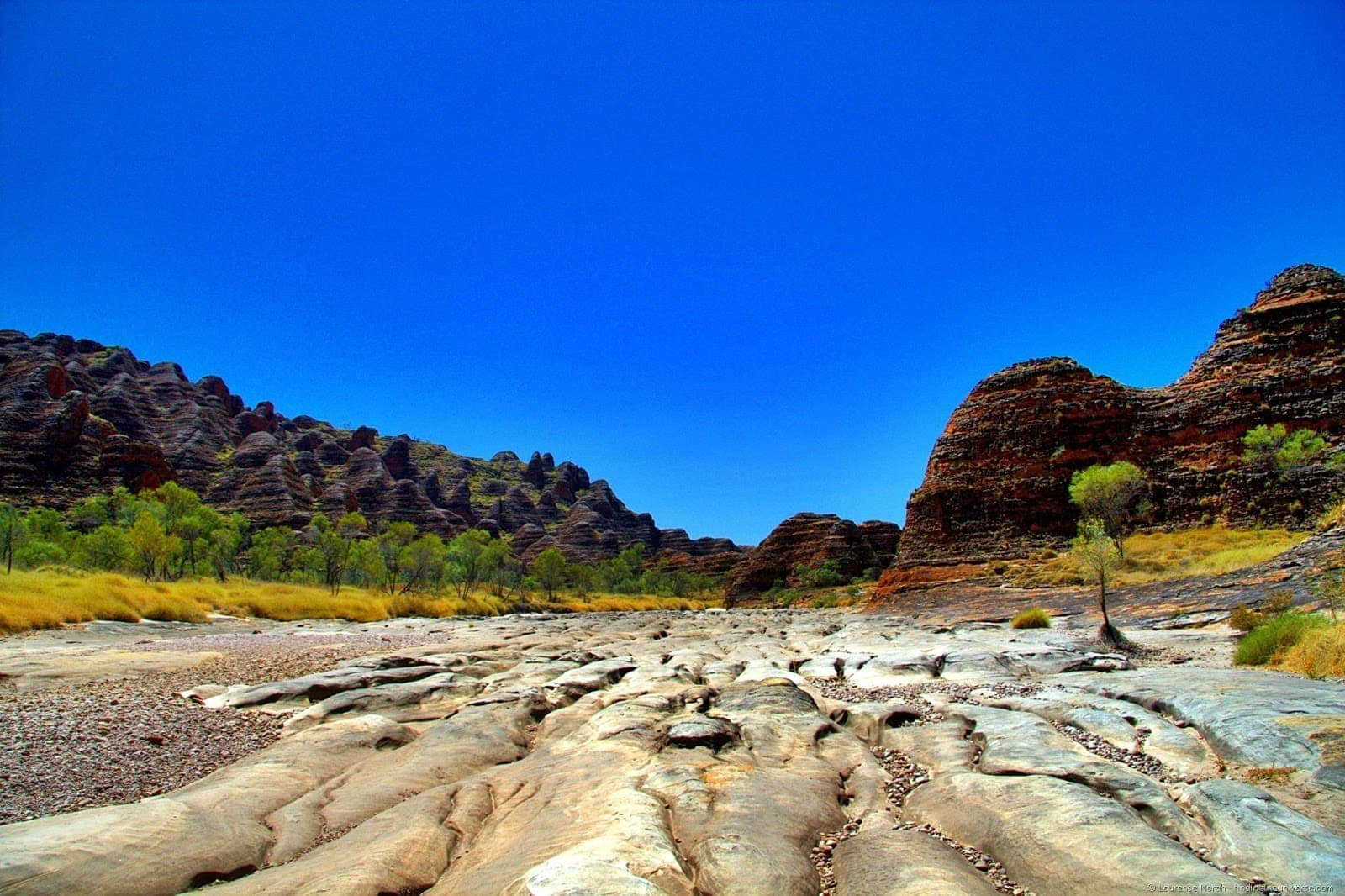 Purnululu bungle bungle rock formation dry river bed 3