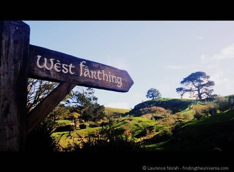Hobbiton movie set west farthing sign