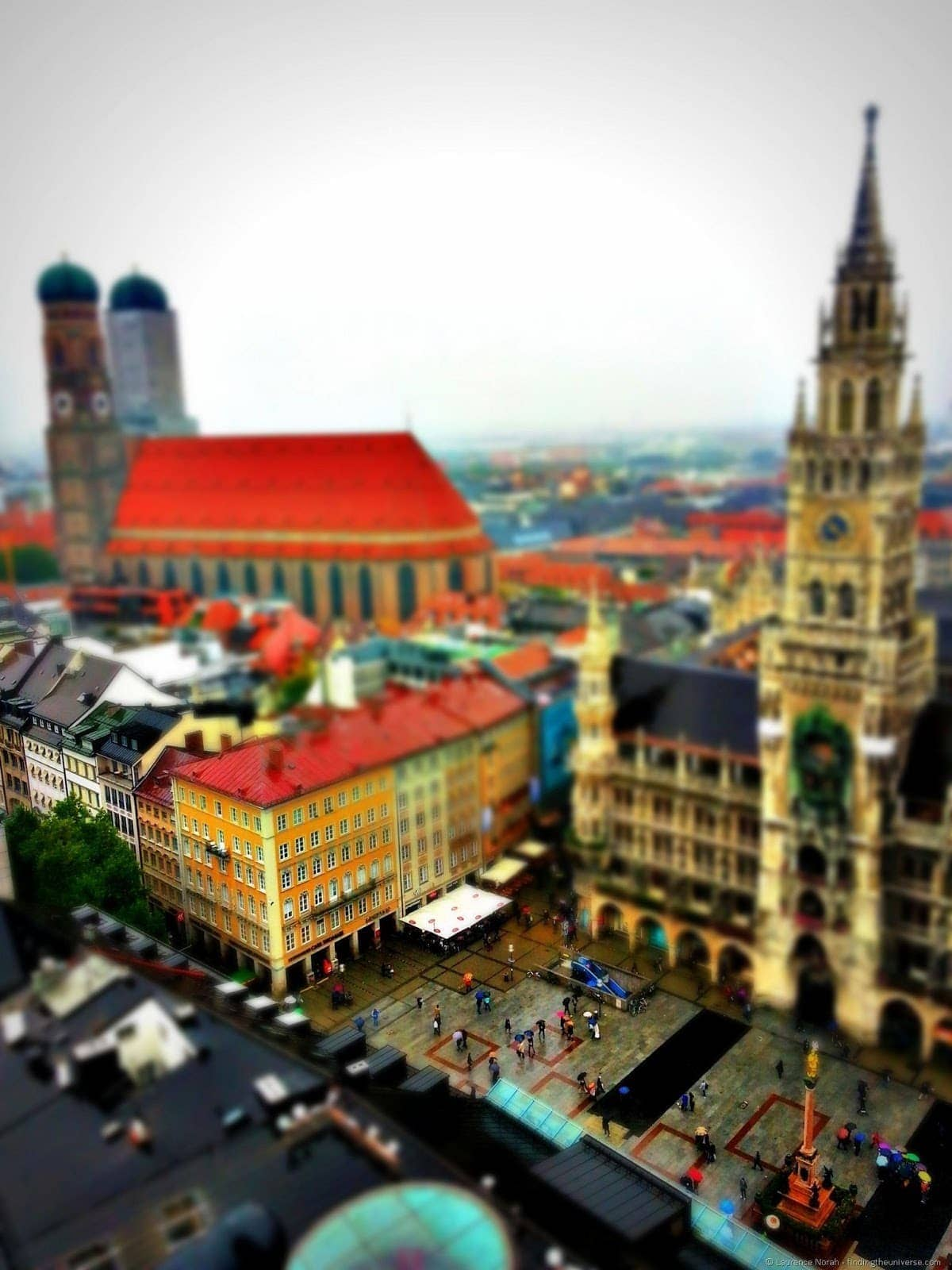 Munich new town hall toy effect