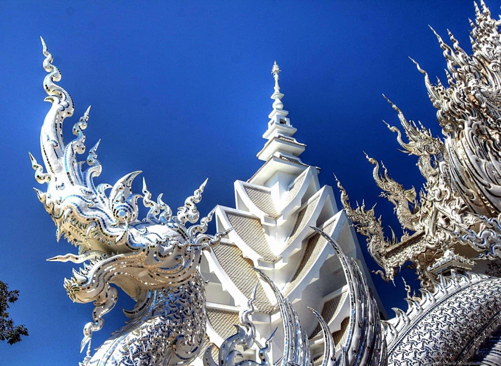 White temple dragon statue Chiang Rai Thailand