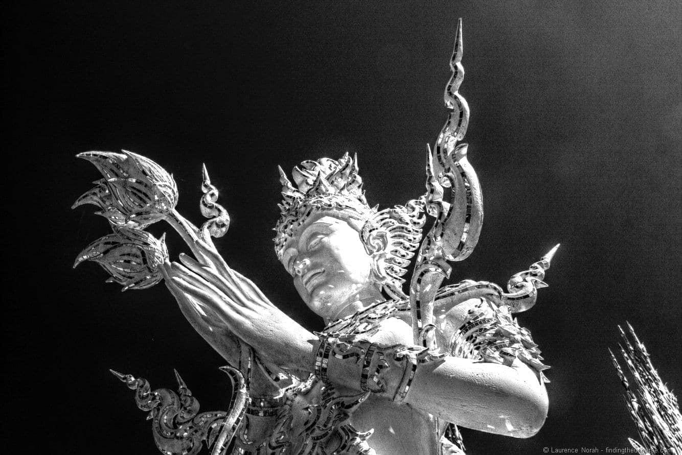 White temple statue chiang rai