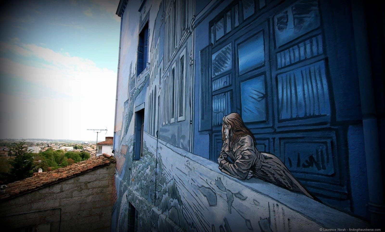 Angouleme street art girl.png
