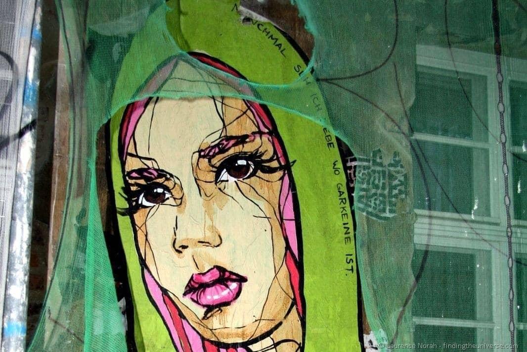 Girl veil street art Berlin