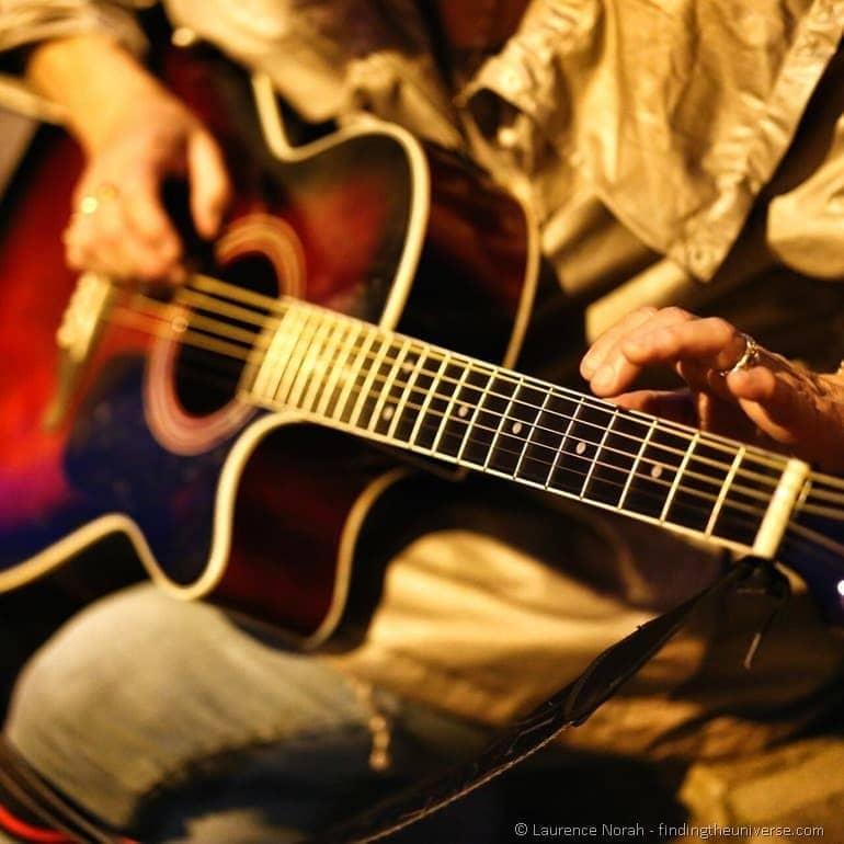 fete de la musique guitar player france