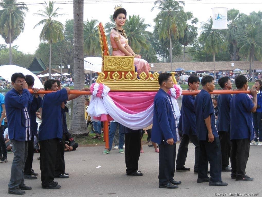 Loi Krathong Parade
