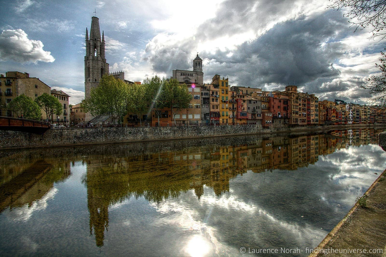 Girona houses river scaled