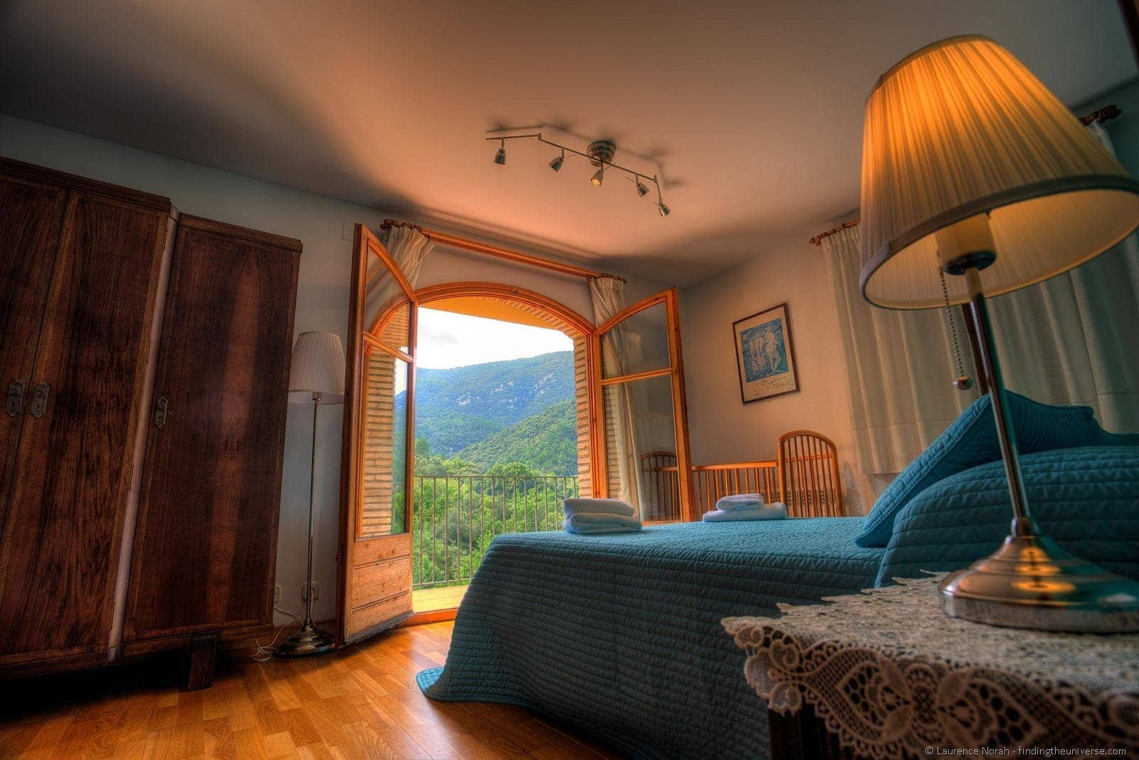 Naturaki Can Martinot Costa Brava bedroom with view