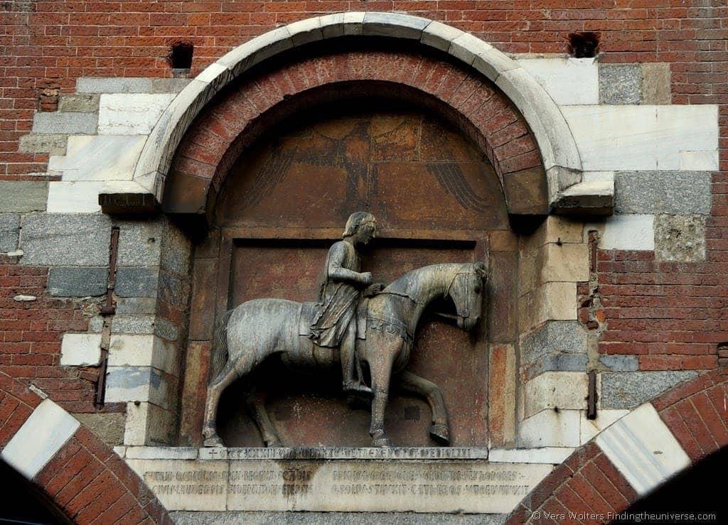 Piazza dei Mercanti, Milan, Italy