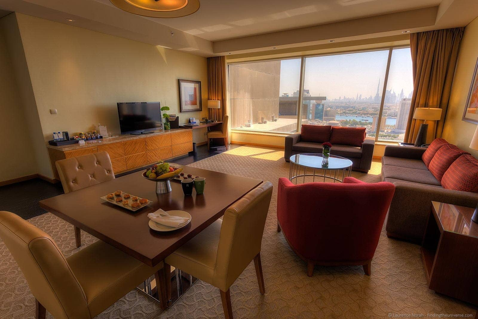 Hotel Room Suite Dubai