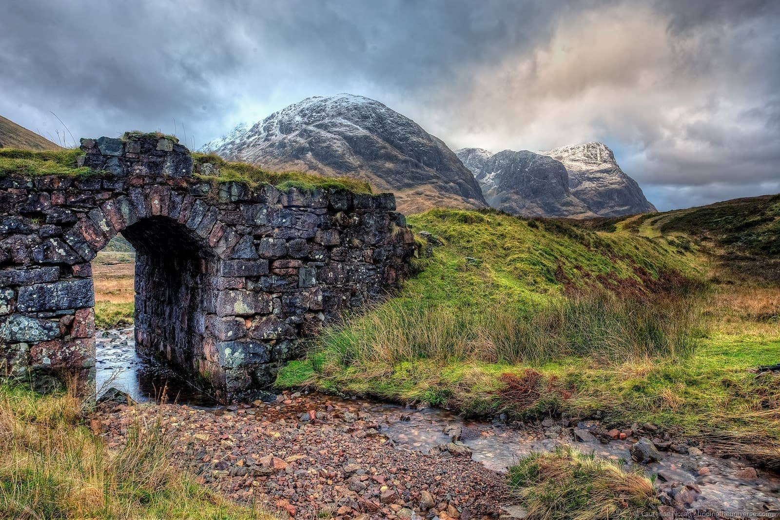 three sisters and bridge glencoe scotland highlands