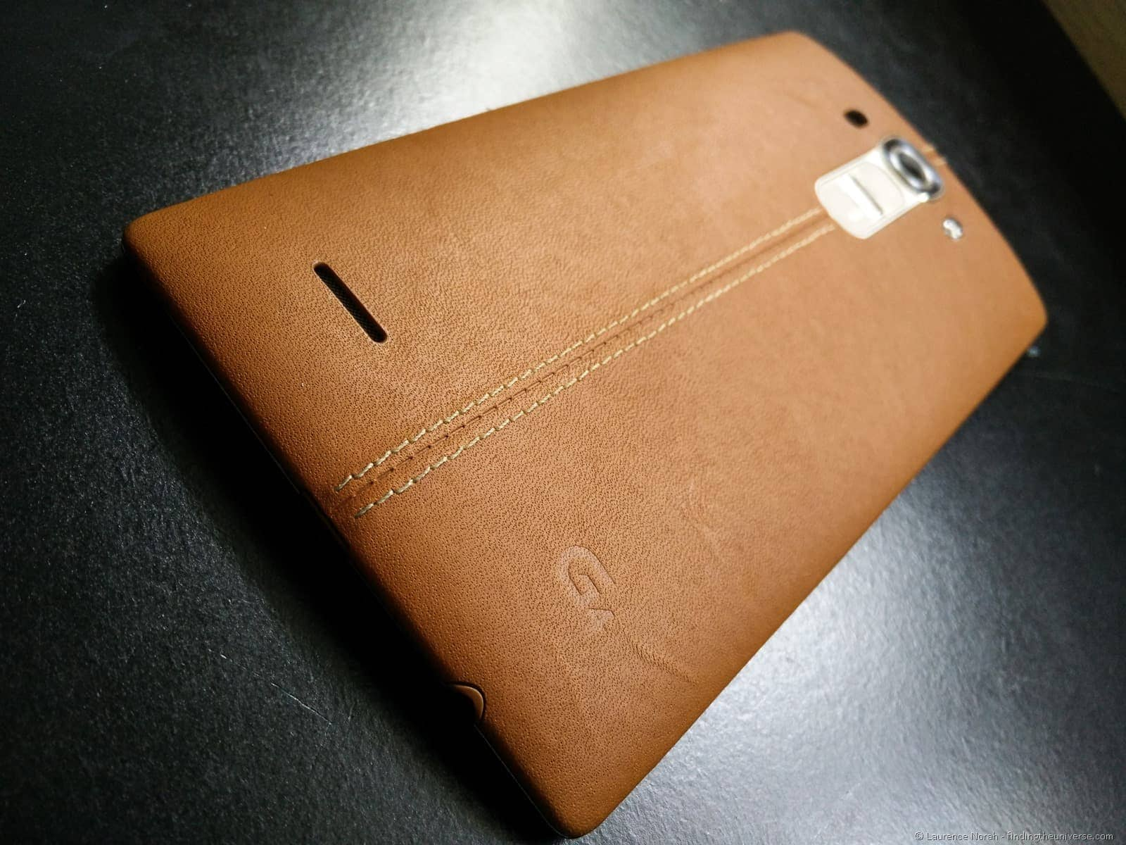 LG G4 close up back