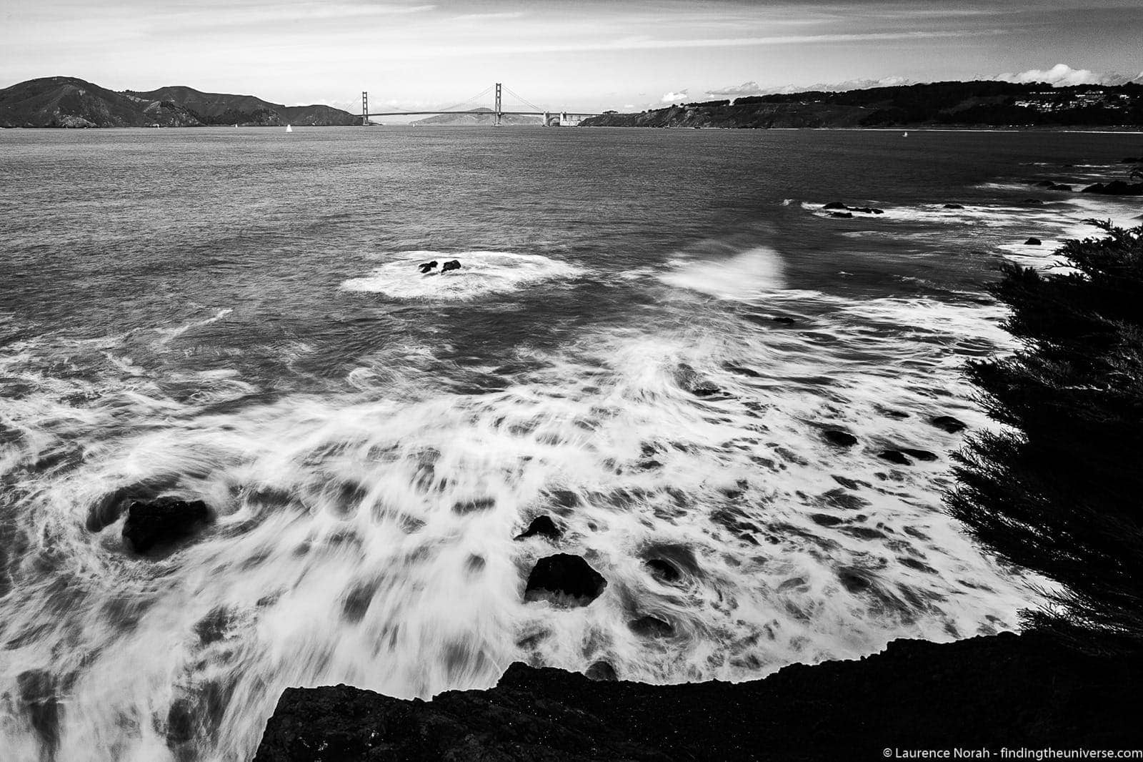 Golden gate bridge black and white long exposure (1 of 1)