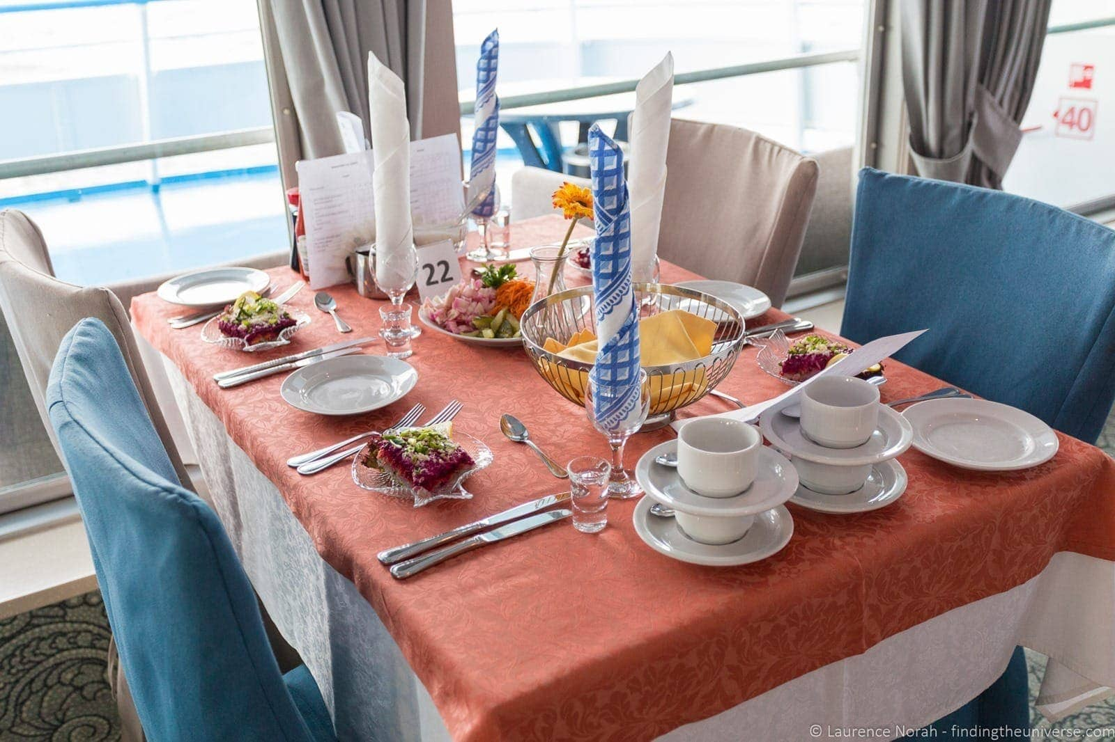 Russia river cruise lunch arrangement