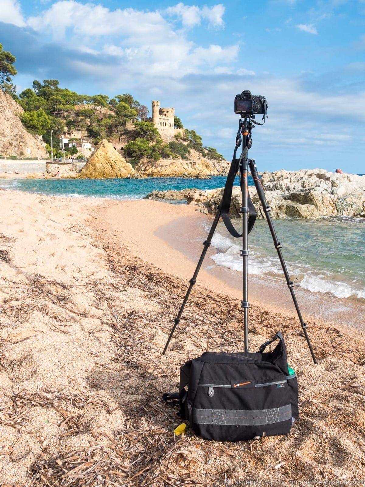Vanguard tripod and bag on beach