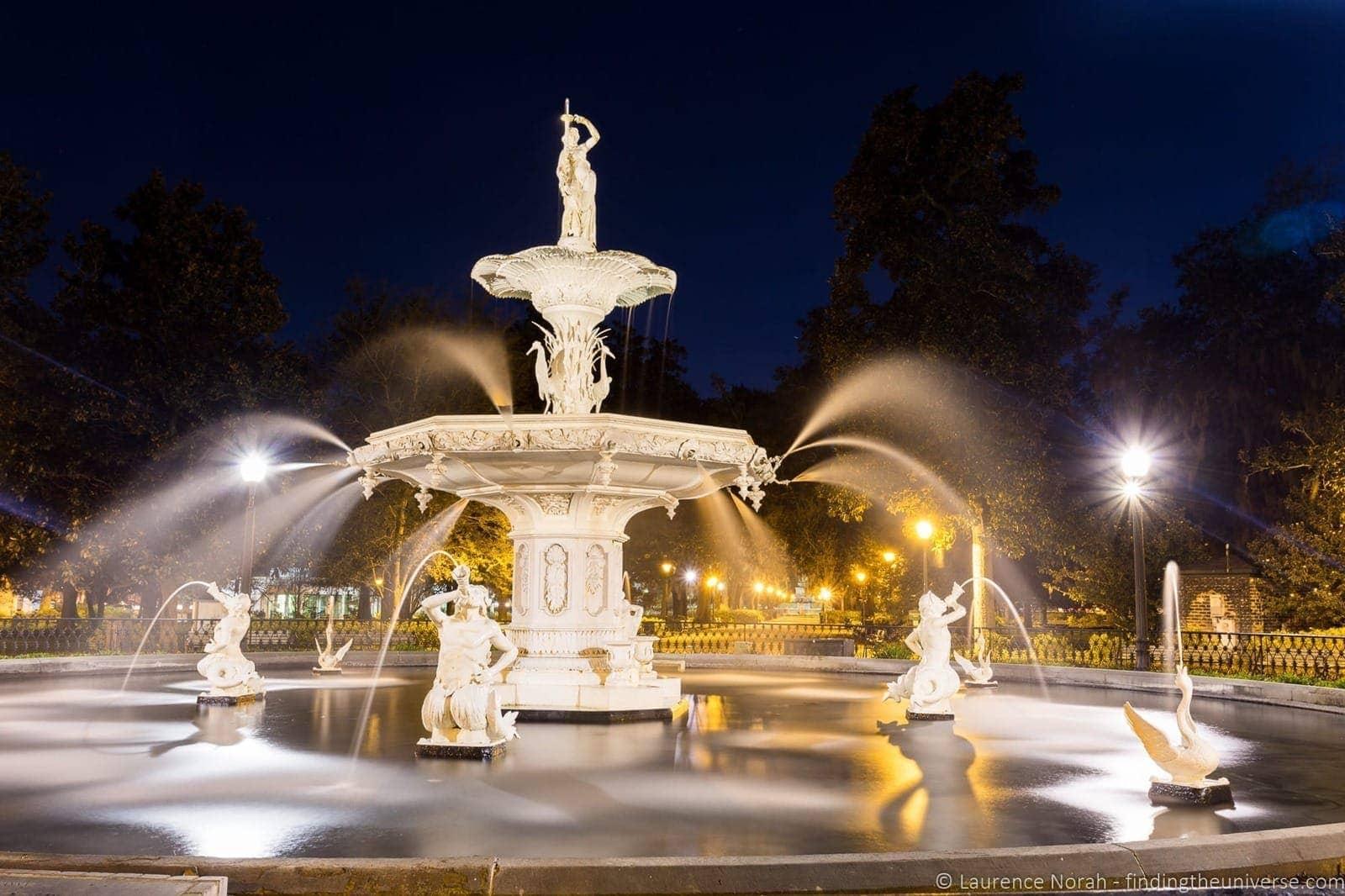 things to do in Savannah: Fountain Forsyth Park Savannah Georgia
