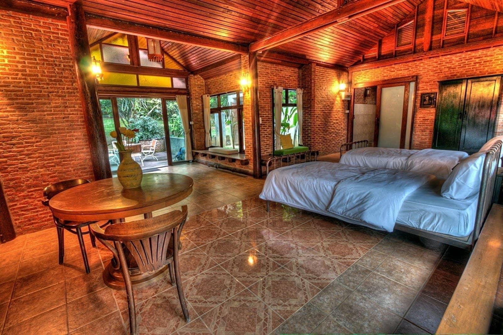 Chiang Mai hostel room 1