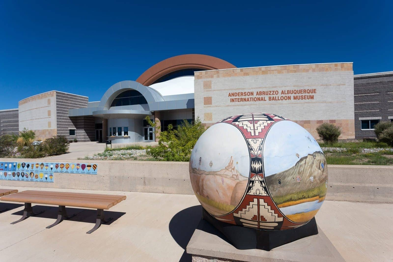 Albuquerque Balloon Museum_by_Laurence Norah