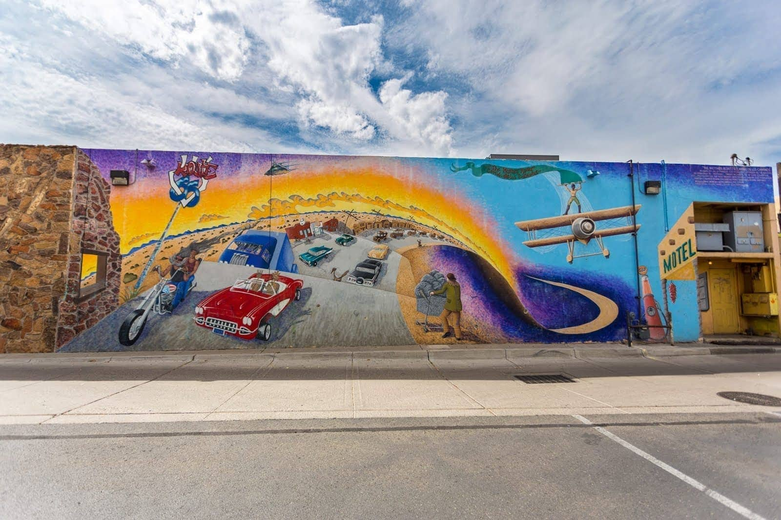 Street Art Albuquerque New Meixco_by_Laurence Norah