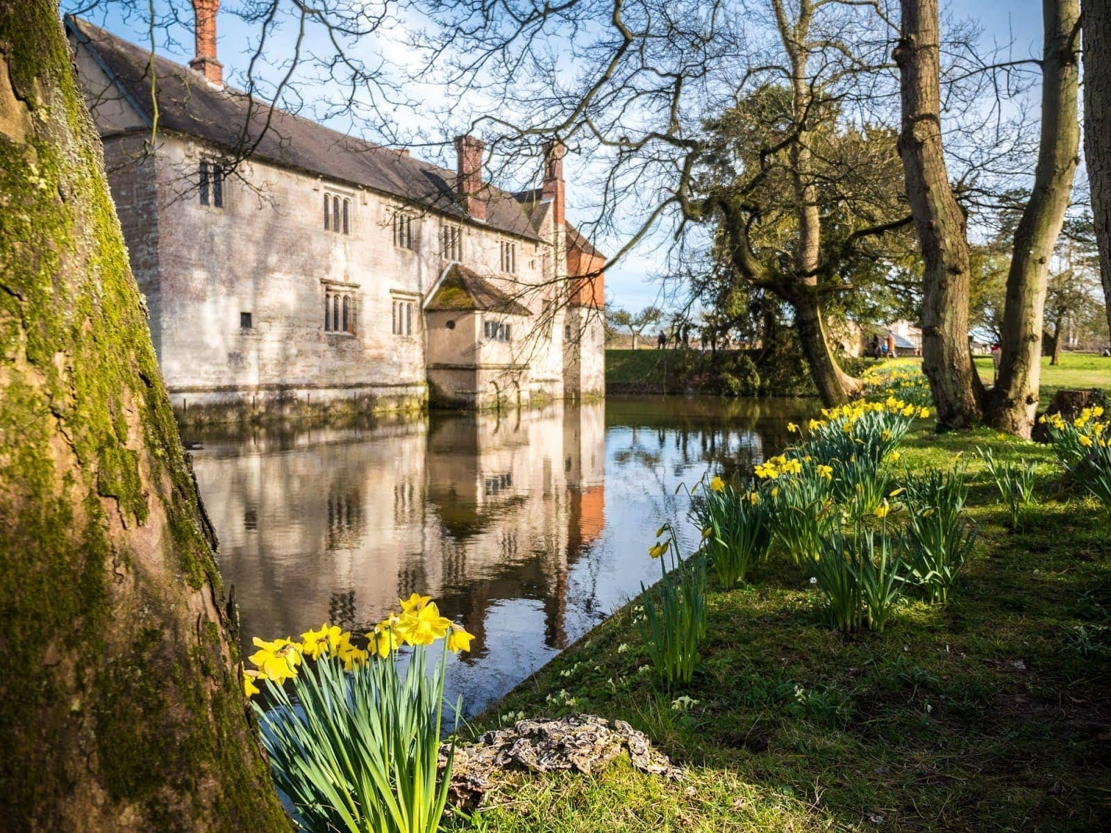 Stately Homes in England - Baddesley Clinton