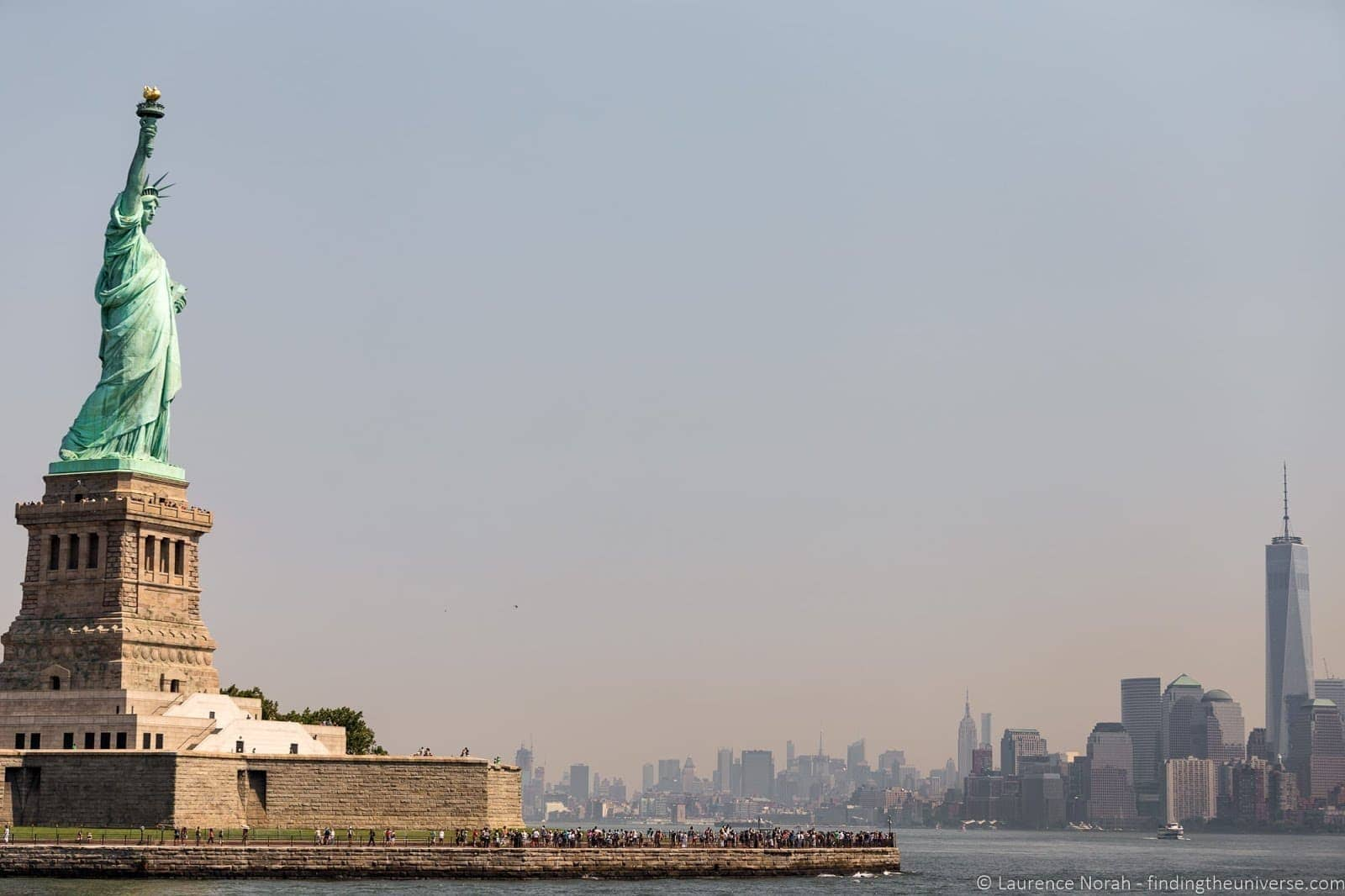 Statue of Liberty and Manhattan Skyline walking tour new york _by_Laurence Norah