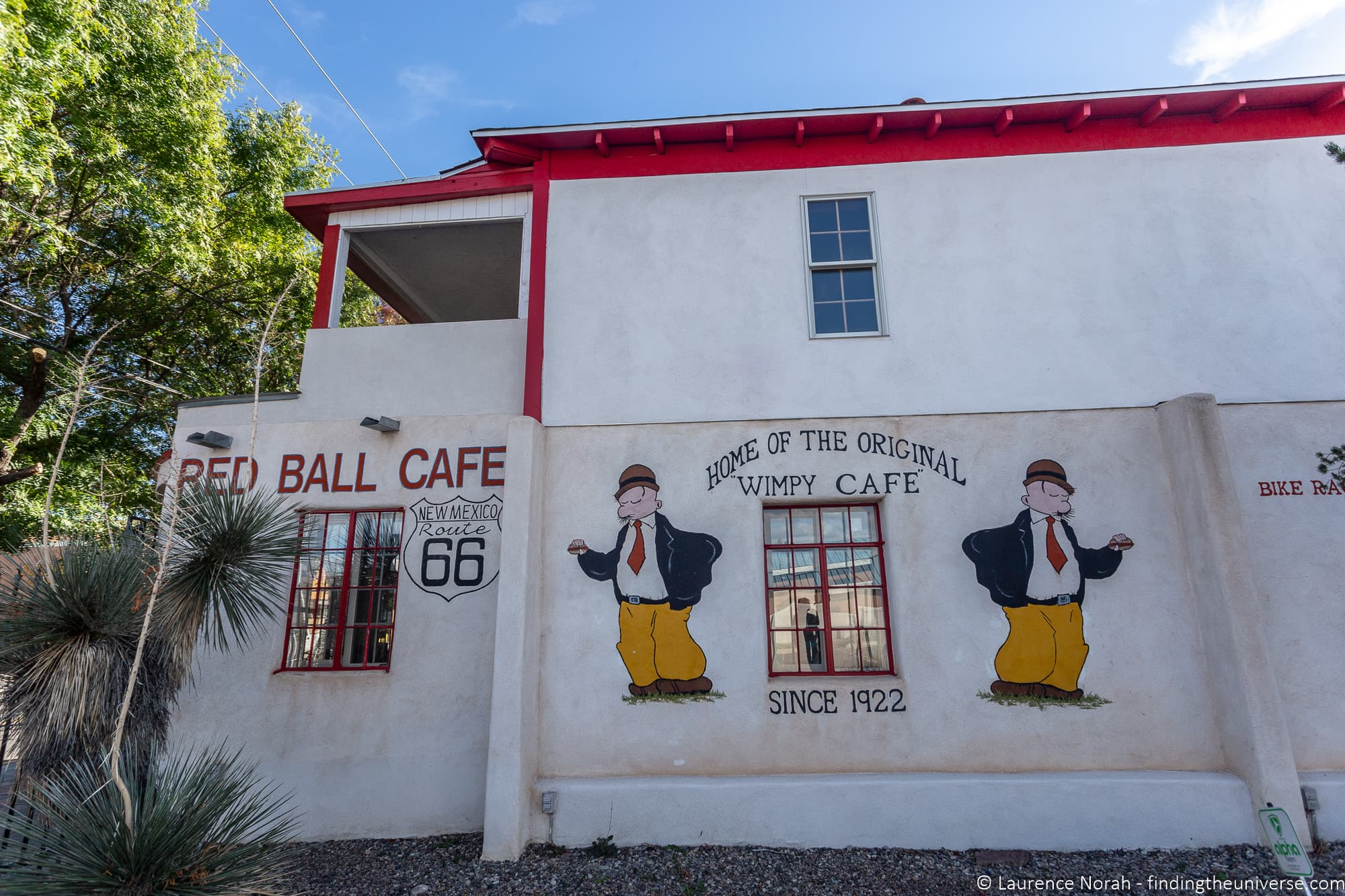 Red Ball Cafe