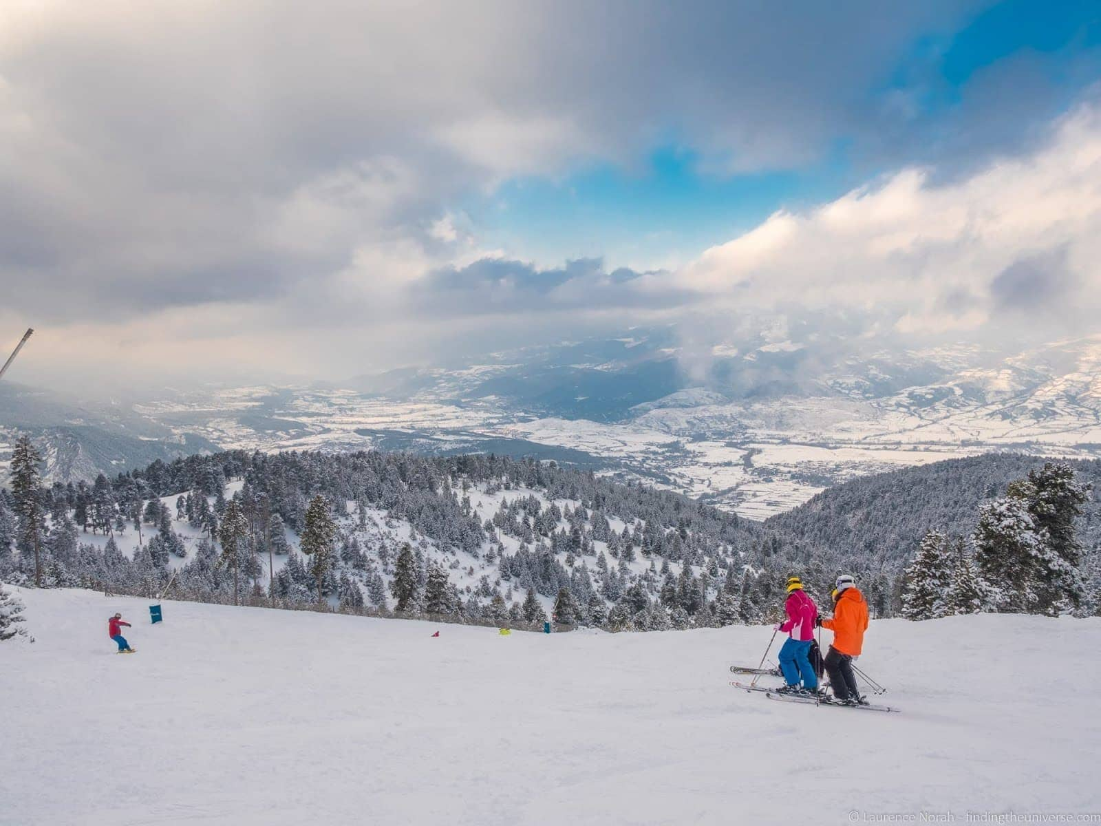 skiing in spain: the spanish pyrenees - finding the universe