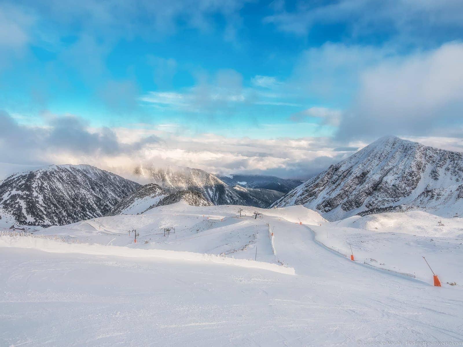 Masella Ski resort Pyrenees_by_Laurence Norah