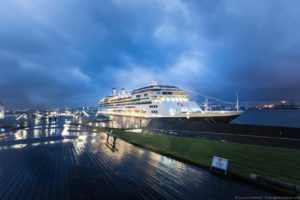 What's it like to Cruise with Holland America?