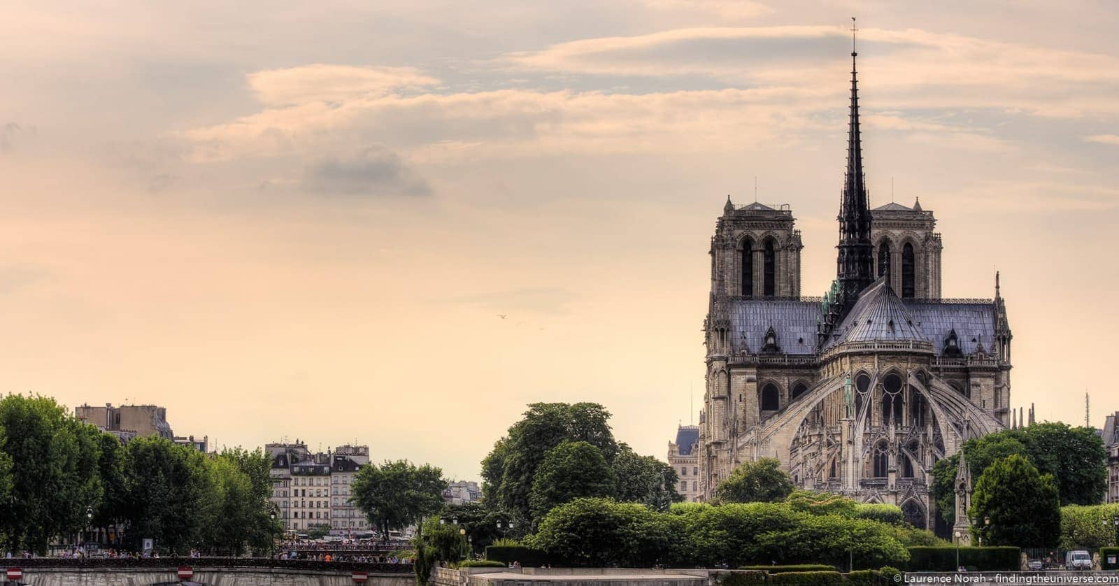 2 Days in Paris - Notre Dame from behind
