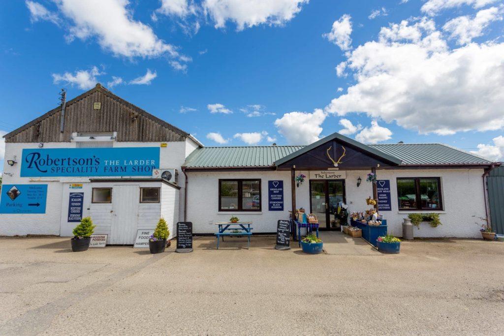 Robertsons the Larder Farm Shop