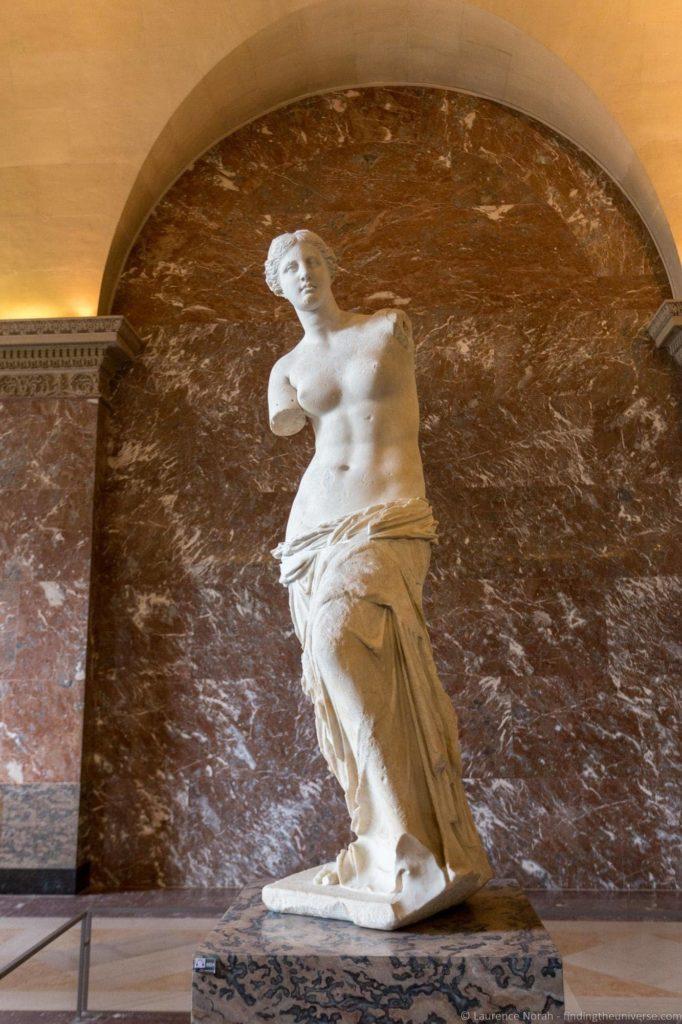 Venus de Milo Louvre_by_Laurence Norah