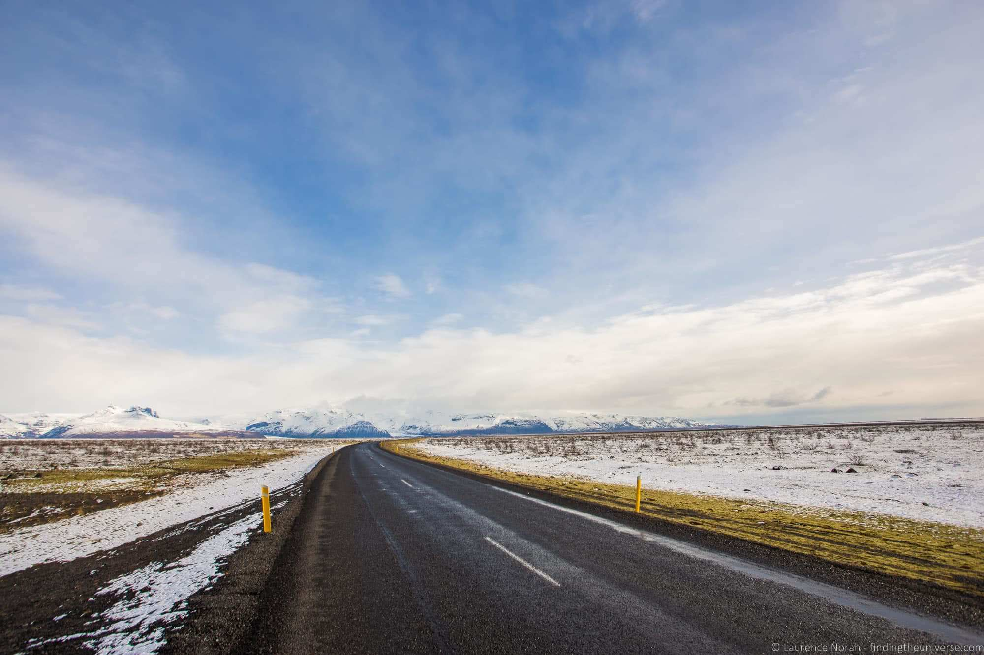 Road Iceland_by_Laurence Norah