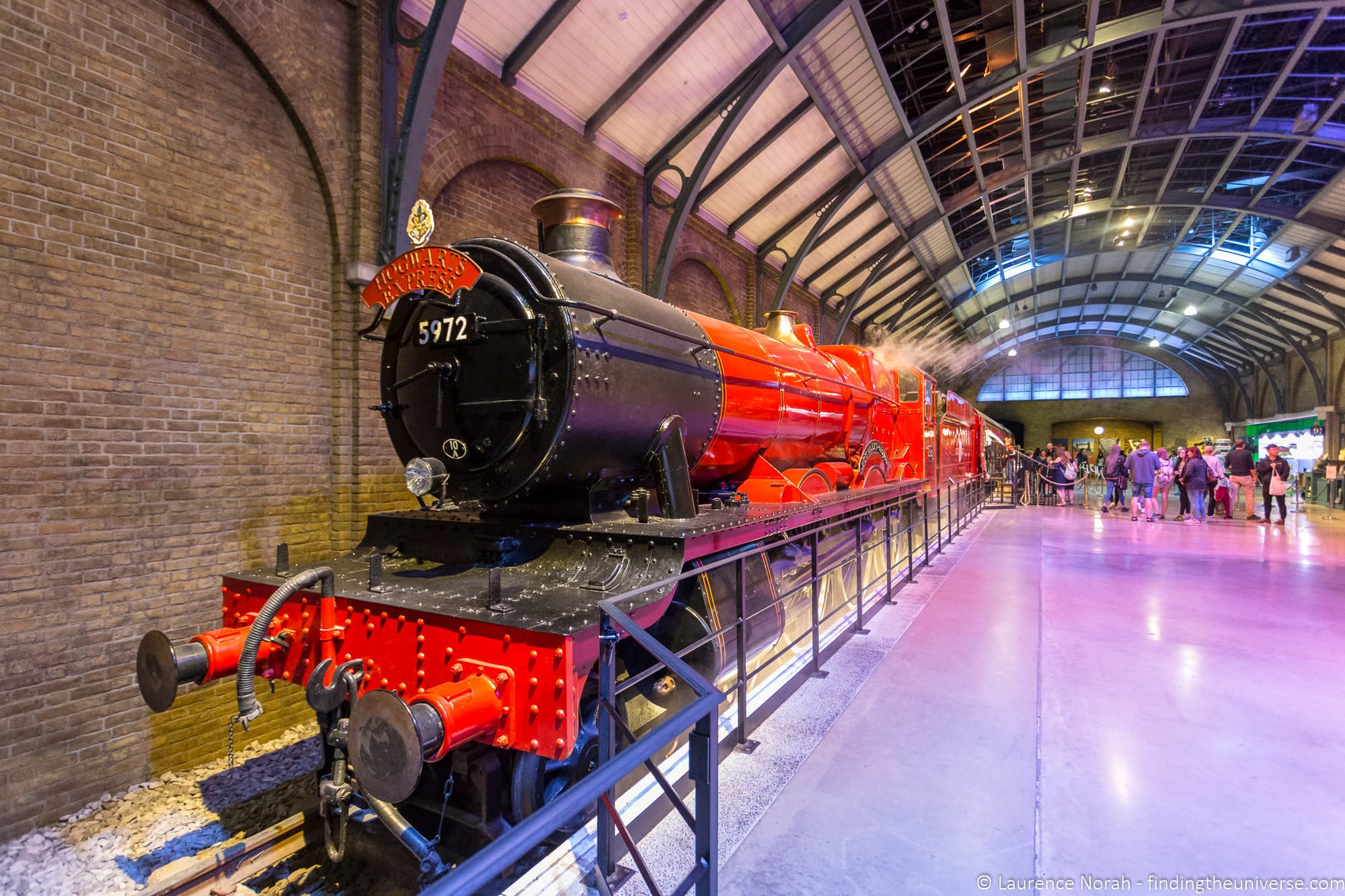 Platform 9 3/4 Warner Bros Studio Tour