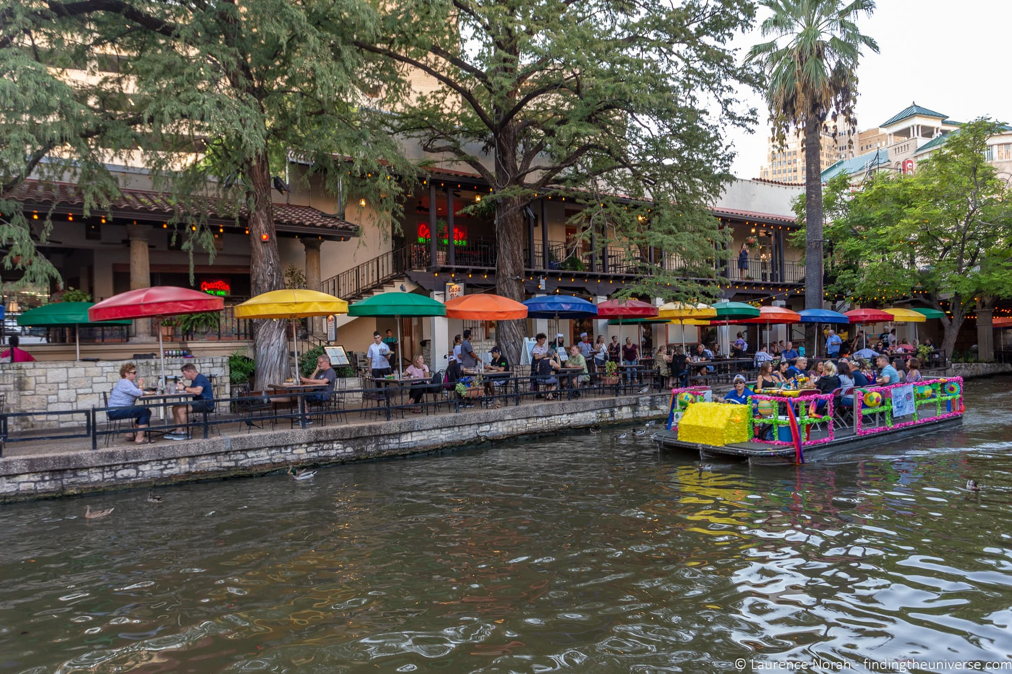 Guide To Visiting The San Antonio River Walk Finding The