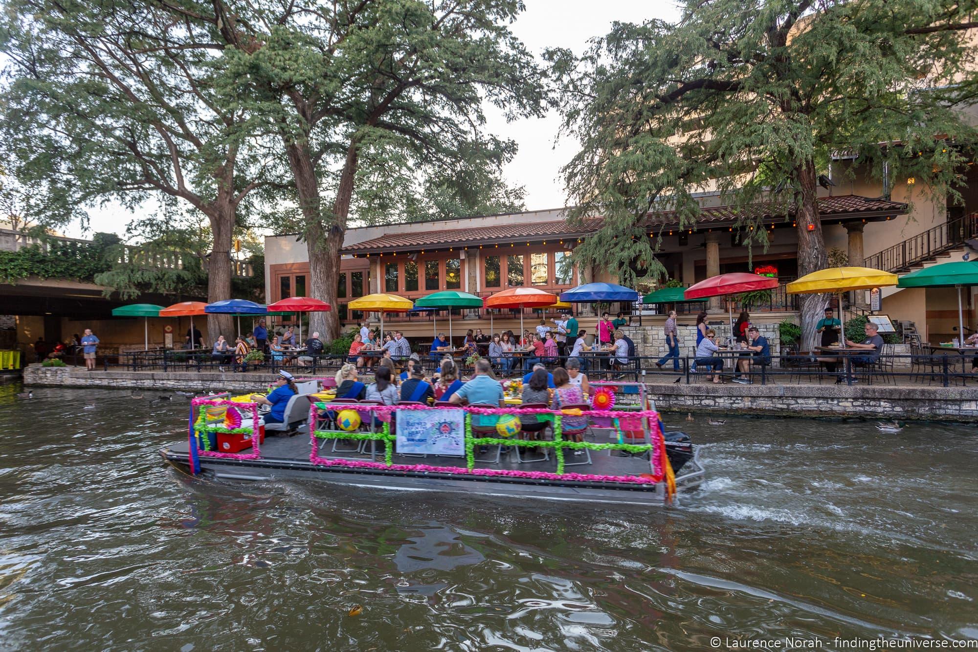 Riverwalk restaurants San Antonio