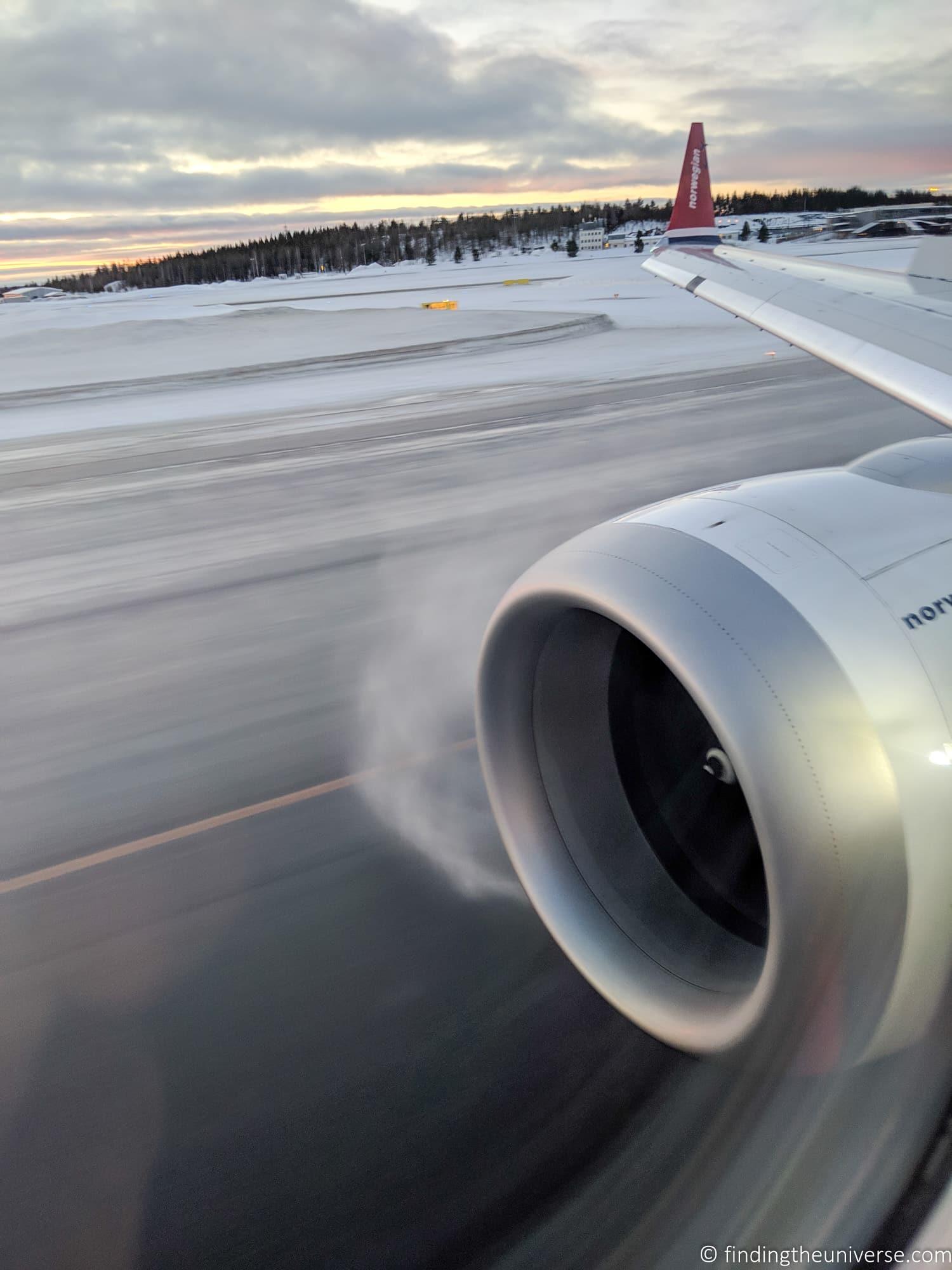 Flight into Rovaniemi airport