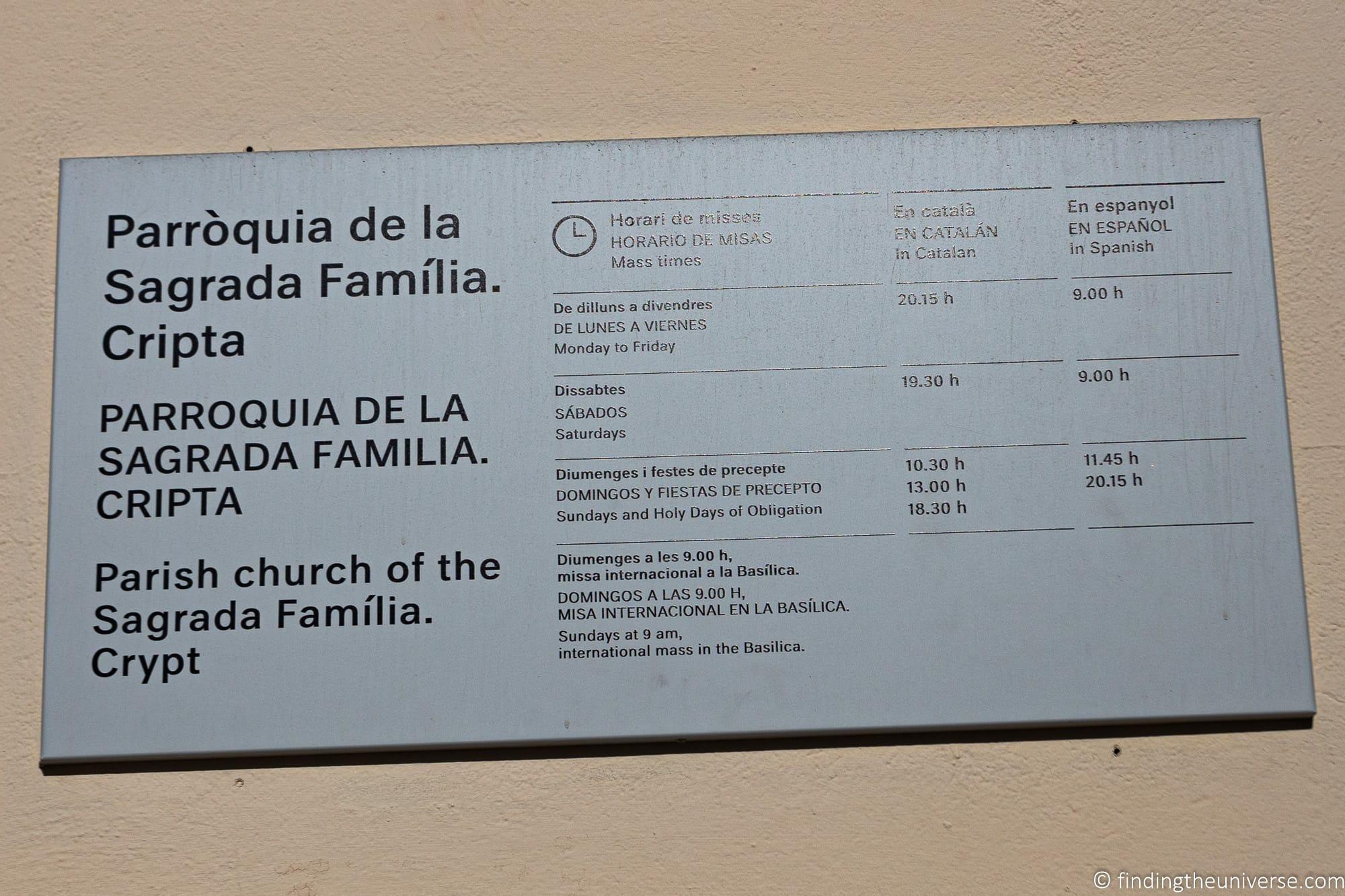 Sagrada Familia Crypt hours