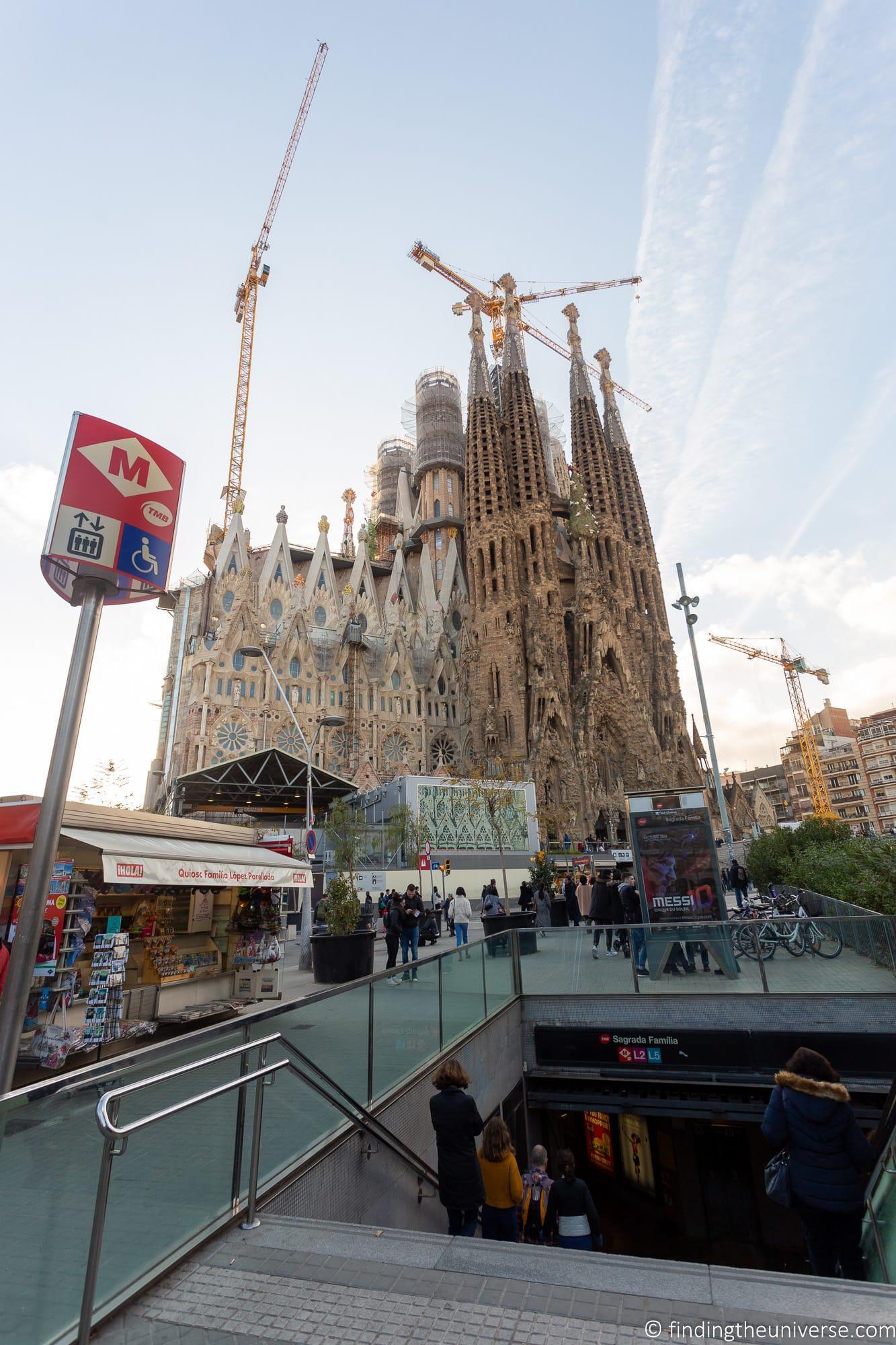 Sagrada Familia Metro Stop
