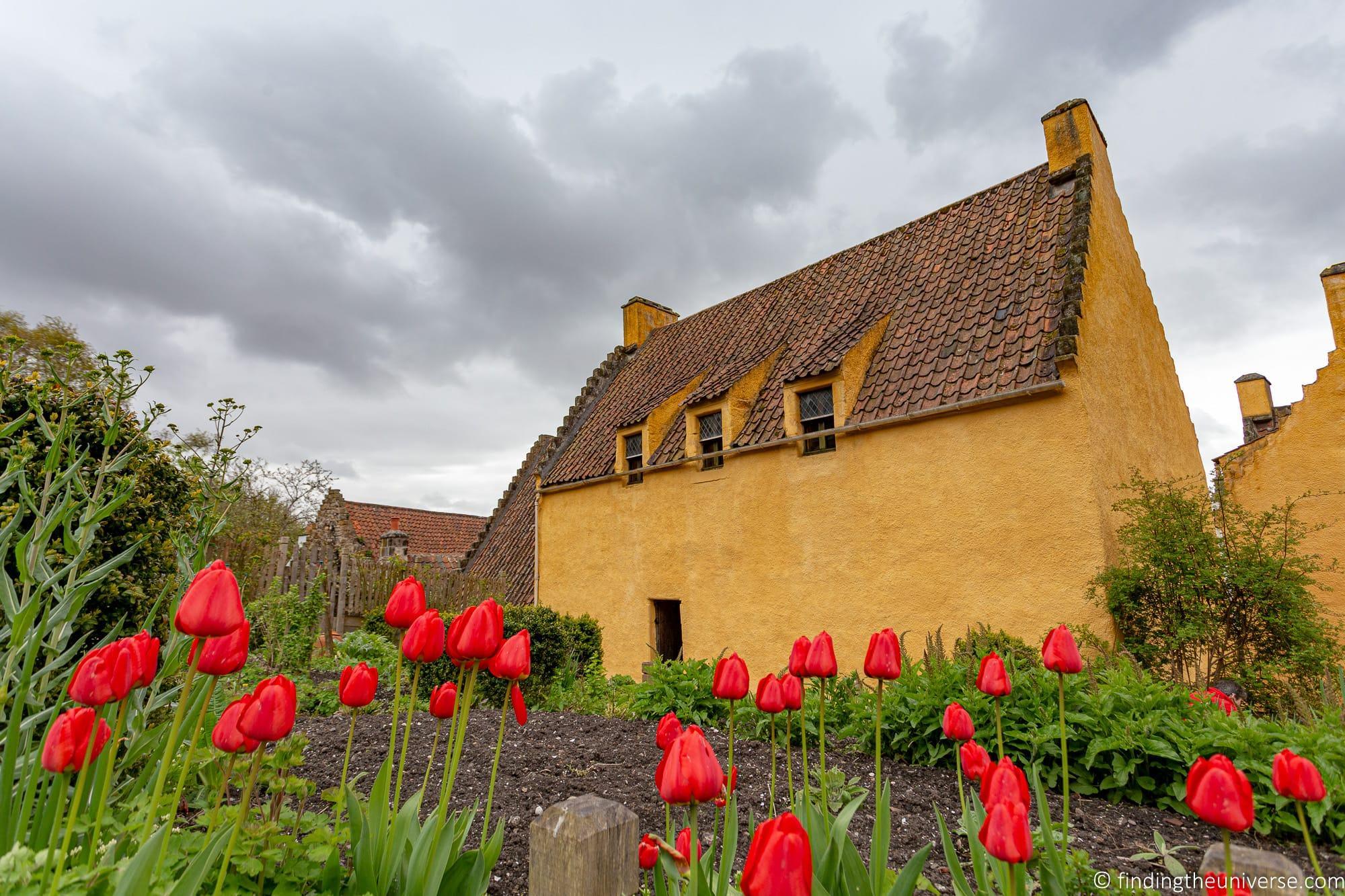 Culross palace garden