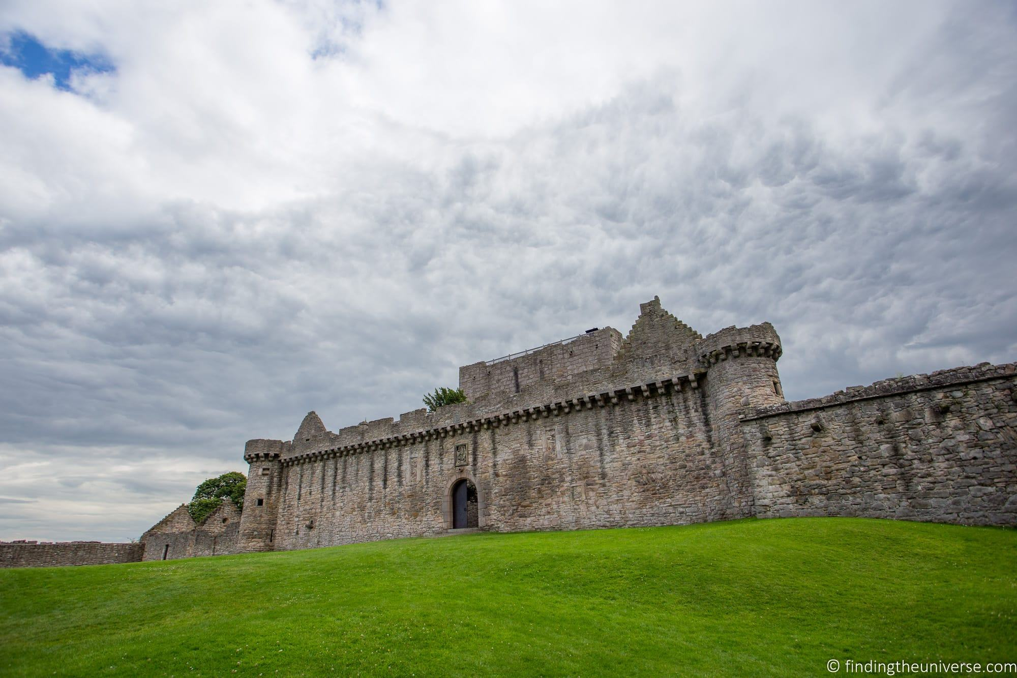 Outlander Filming Location - Craigmillar Castle
